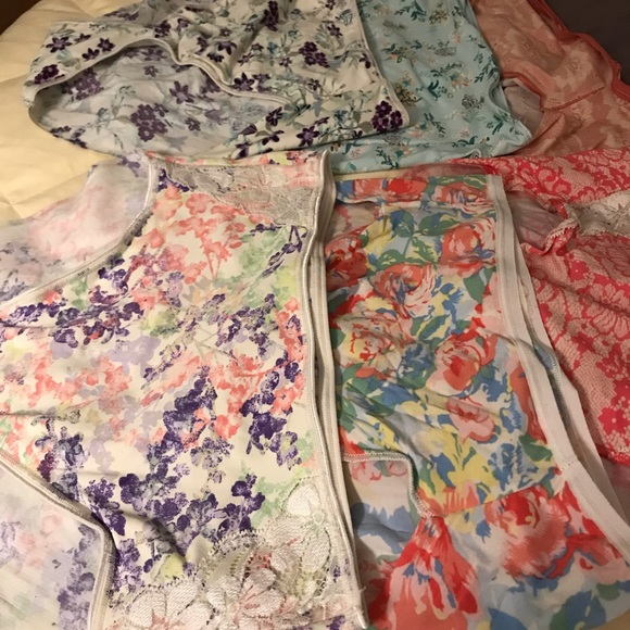 872c2a67c9f5 Soma Intimates & Sleepwear | Bundle Of Vanishing Edge Panties All M ...